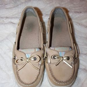 SPERRY Angelfish - good condition! size 5